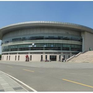 淄博市(shi)體育(yu)中心游泳館